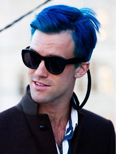 18-guys-with-blue-hair